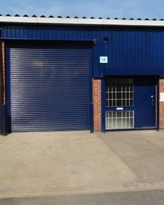 Industrial unit to let in Wimbledon