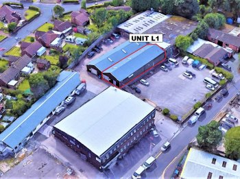 Industrial unit to let in Romiley