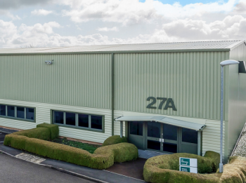 Industrial unit to let: PL15 7ED