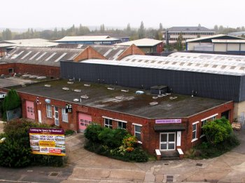 Industrial units to rent: Al7 1JD