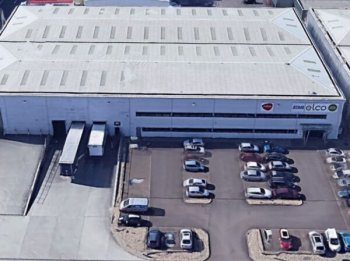 Warehouse unit to let in Basildon